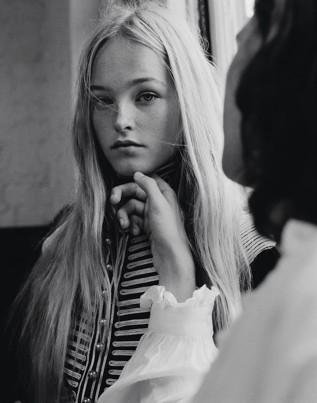 jean-campbell-by-ben-weller-for-modern-weekly-october-2016-5