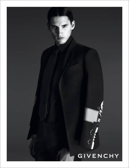 givenchy-2014-campaign-7
