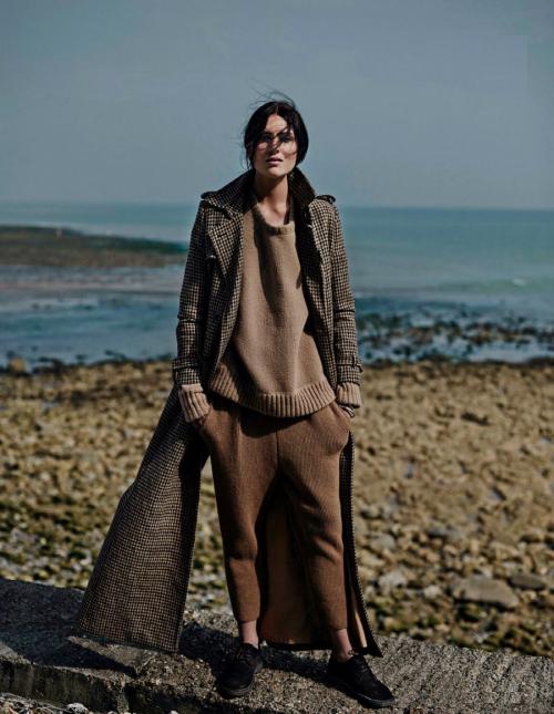 Vogue Netherlands September 2014_Emma Champtaloup_Annemarieke Van Drimmelen (1)