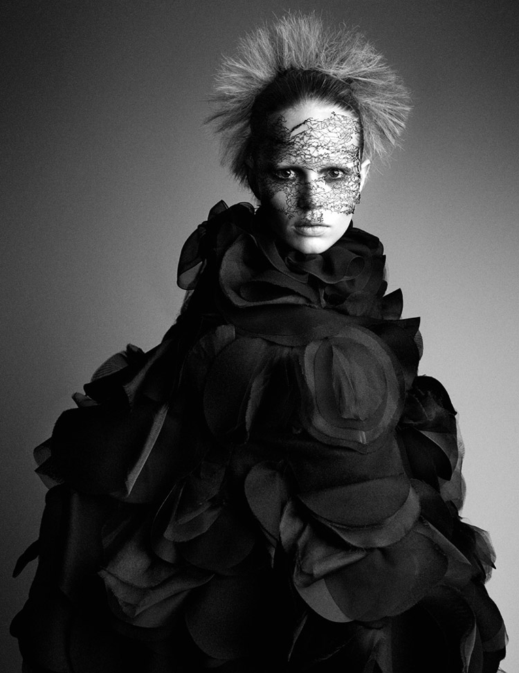 Anna Ewers By Patrick Demarchelier for Interview September 2014 (9)