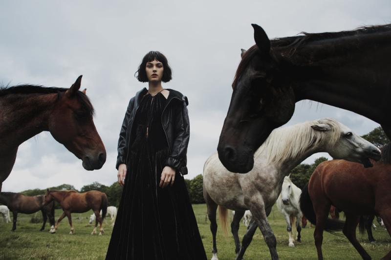 Grey Magazine Fall 2014 Vittoria Ceretti Fanny Latour-Lambert (1)