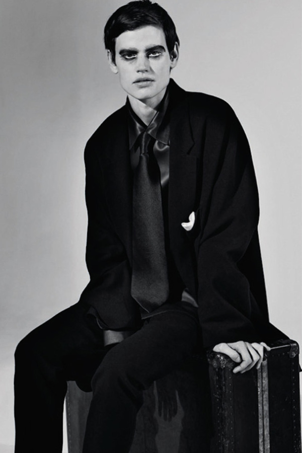 Saskia de Brauw by Collier Schorr for Document Journal Fall-Winter 2014-2015 (5)