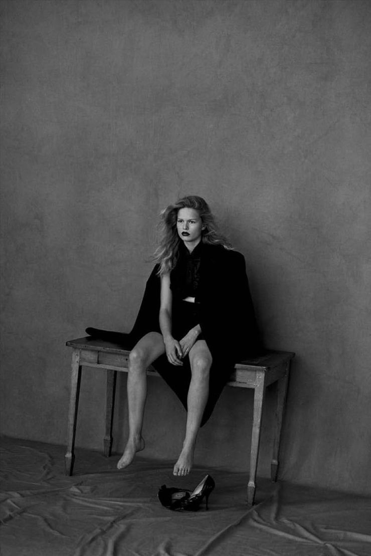 Anna Ewers By Peter Lindbergh For Vogue Germany March 2015 (10)