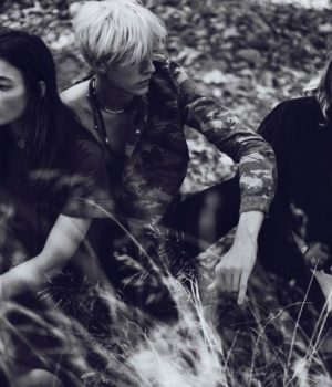 WILD, YOUNG, FREE: DARBY STEPHENS & LUCKY BLUE SMITH FOR ELLE UK FEBRUARY 2015