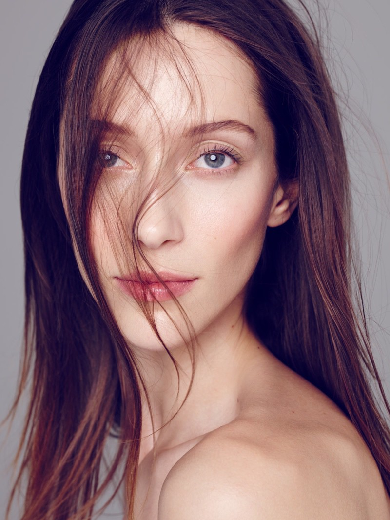 Alana Zimmer By Diego Uchitel For El Pais Semanal Beauty Editorial (1)