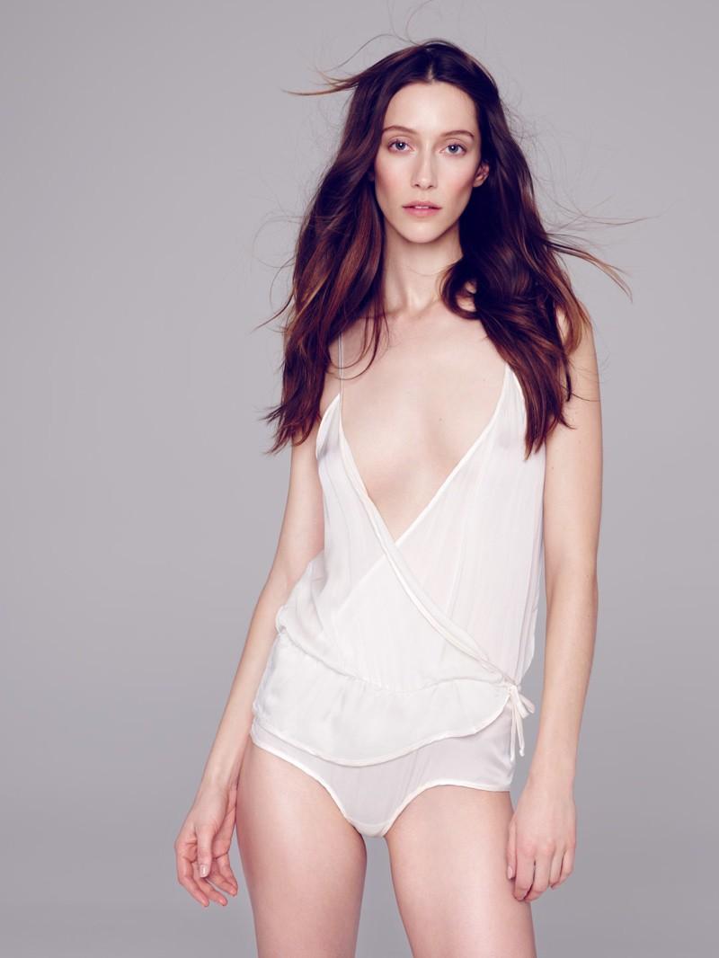 Alana Zimmer By Diego Uchitel For El Pais Semanal Beauty Editorial (2)