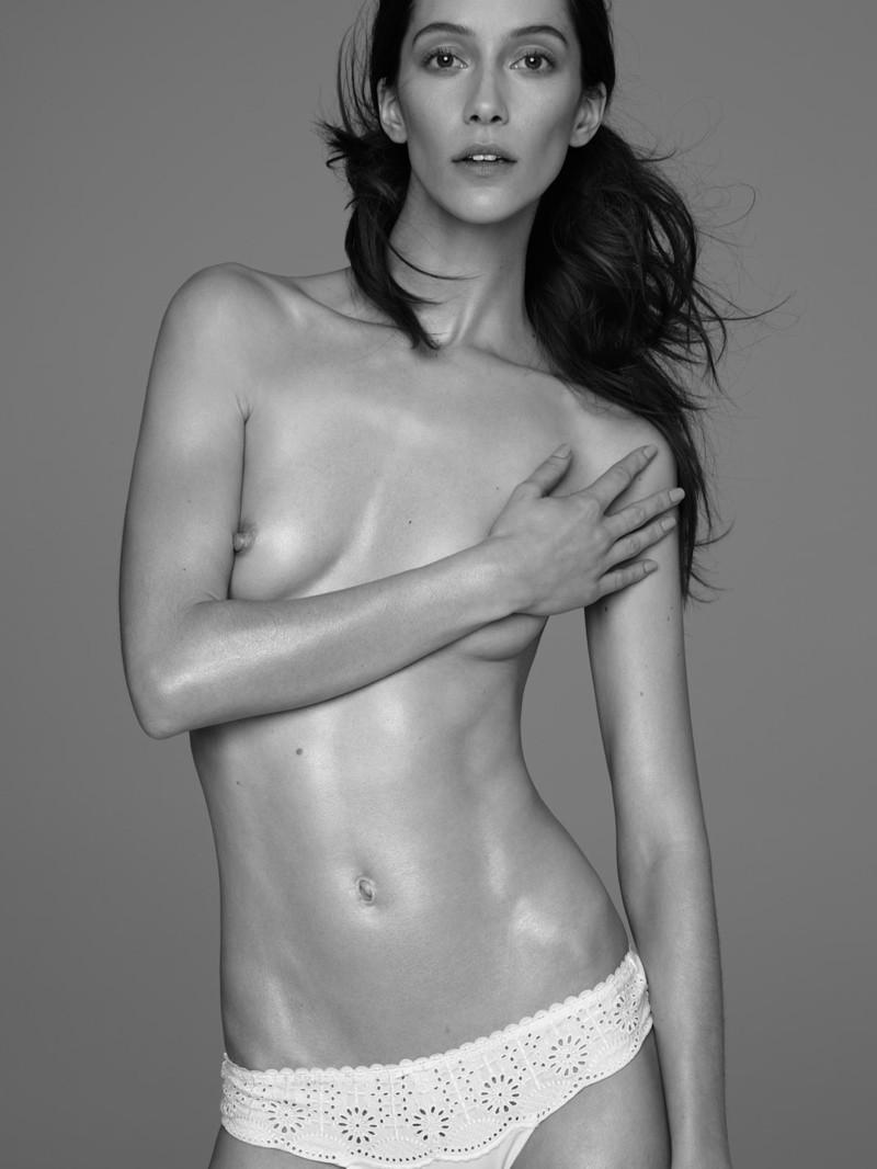Alana Zimmer By Diego Uchitel For El Pais Semanal Beauty Editorial (4)
