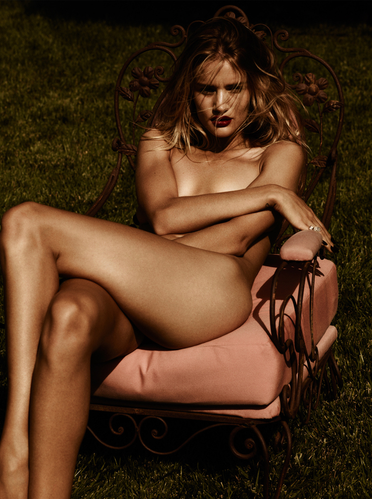 Rosie Huntington-Whiteley By Ben Hassett For Violet Grey April 2015 (4)