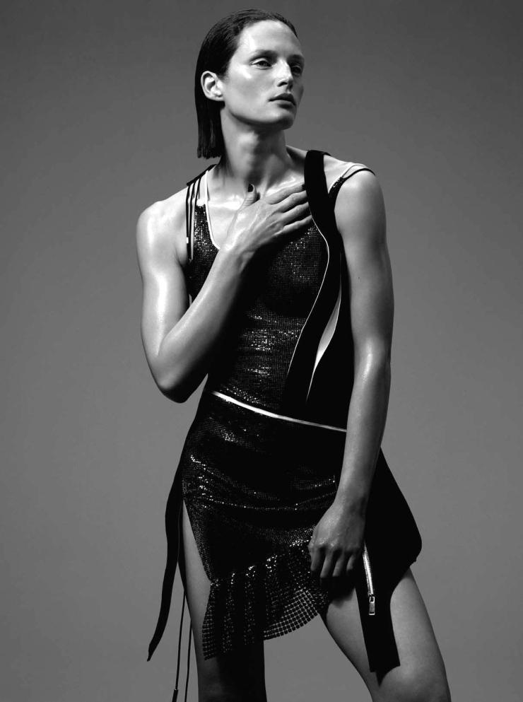 Vivien Solari By Benjamin Lennox For L'Express Styles April 2015 (9)
