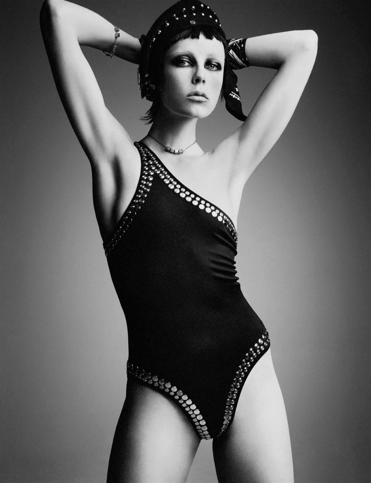 Edie Campbell by Patrick Demarchelier for Interview Magazine May 2015 (7)