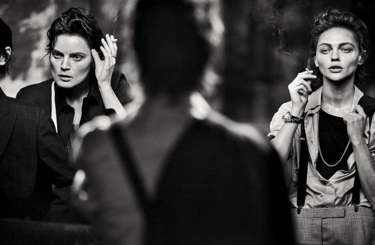 sasha-pivovarova-guinevere-van-seenus-steffy-argelich-kirsten-owen-by-peter-lindbergh-for-vogue-italia-may-2015 (1)