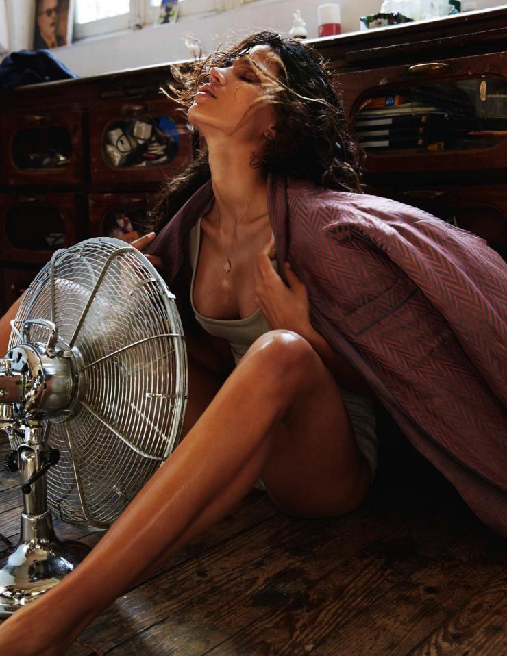 Raica Oliveira by Gianluca Fontana for Elle France July 2015