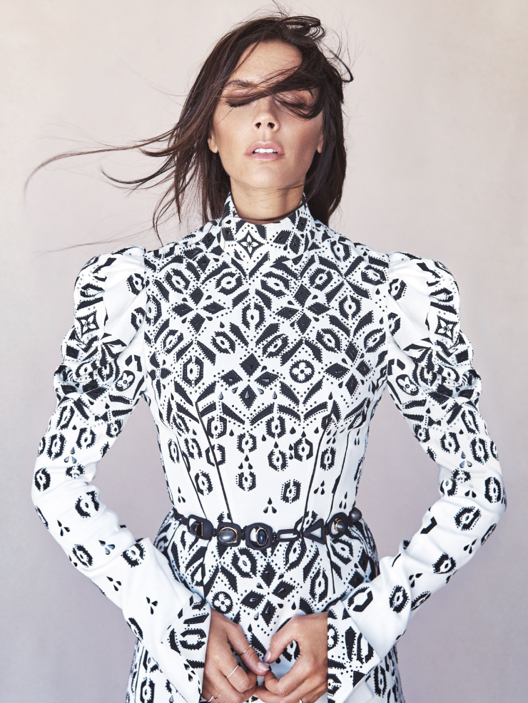 Victoria Beckham By Patrick Demarchelier For Vogue Australia August 2015 (3)