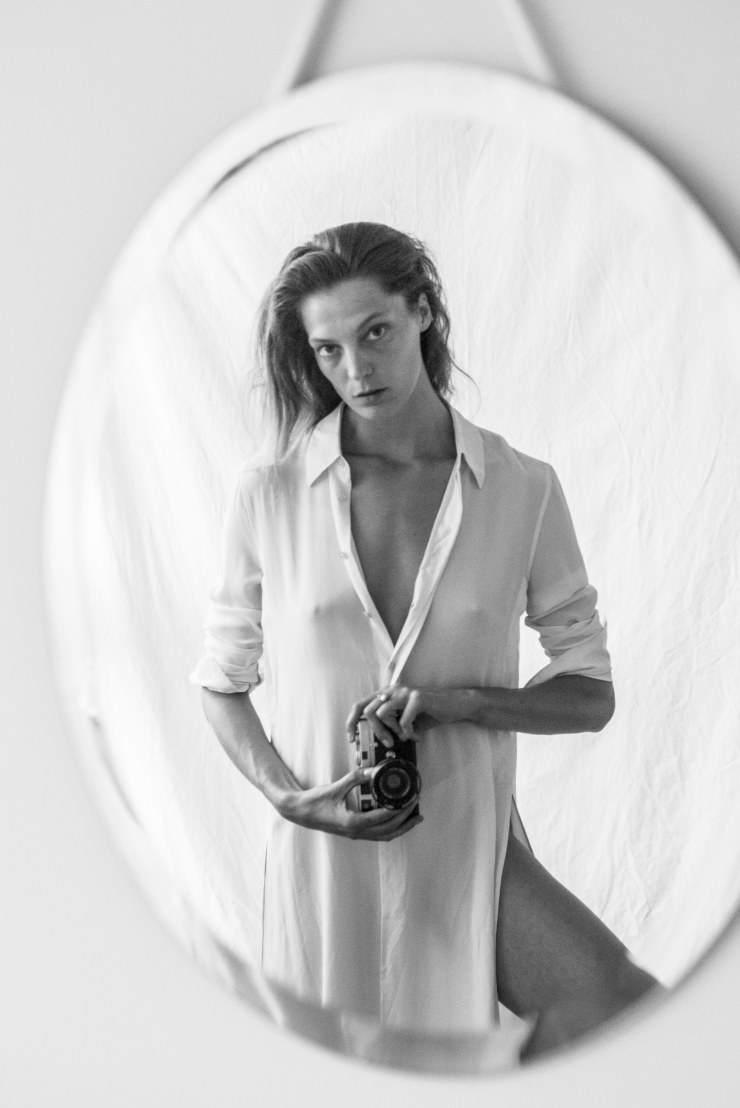 Daria Werbowy for Equipment Fall-Winter 2015-2016 Ad Campaign (2)