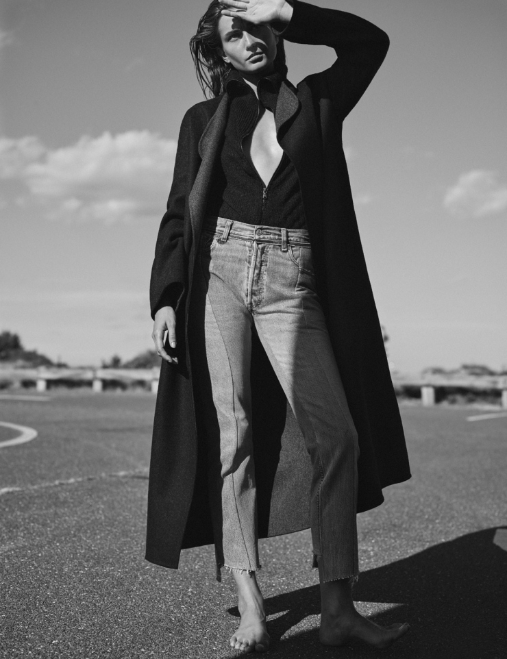 Andreea Diaconu by Annemarieke van Drimmelen for Vogue Netherlands October 2015 (9)