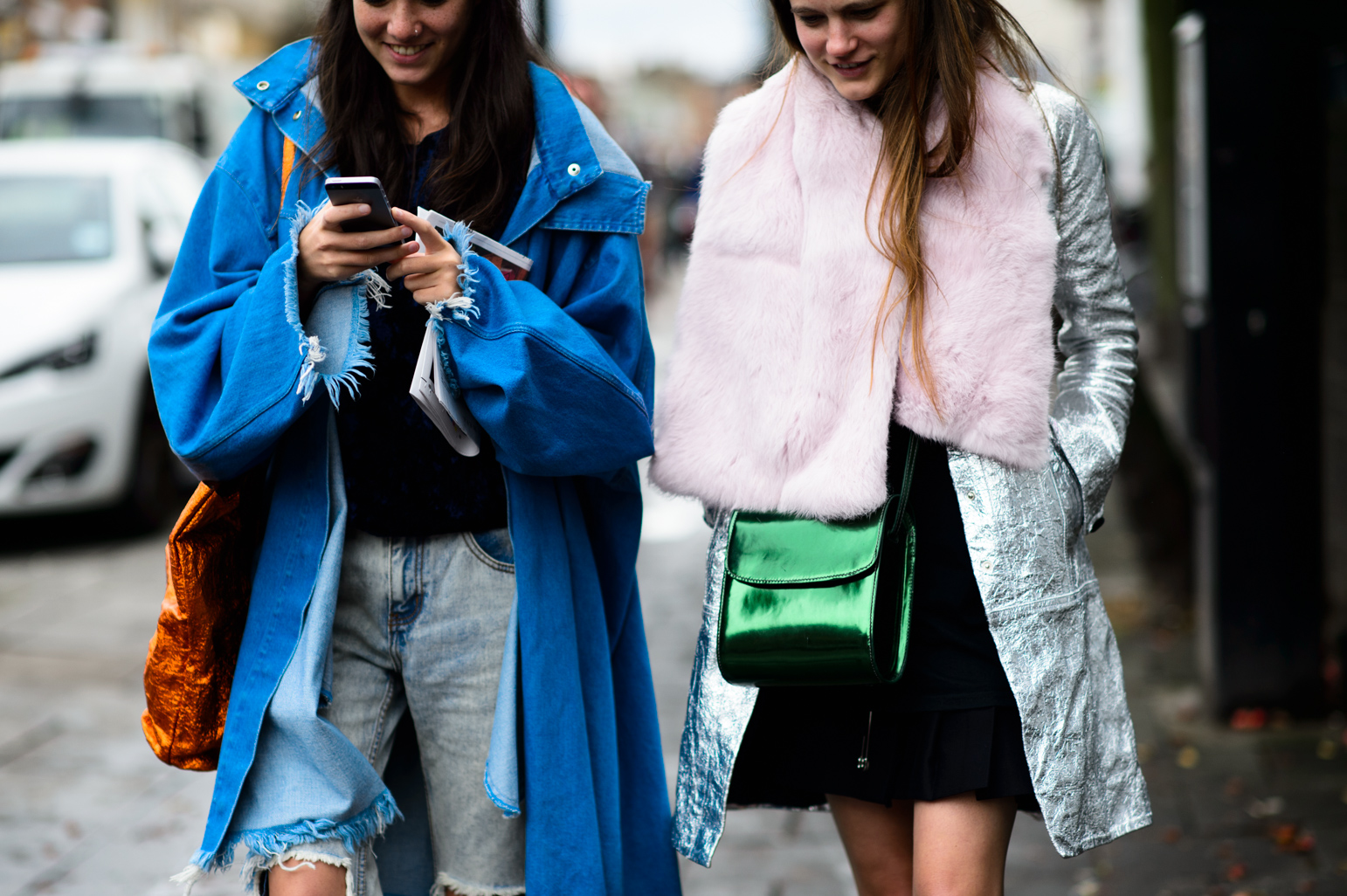London Fashion Week Spring 2016 Street Style 14 Minimal Visual