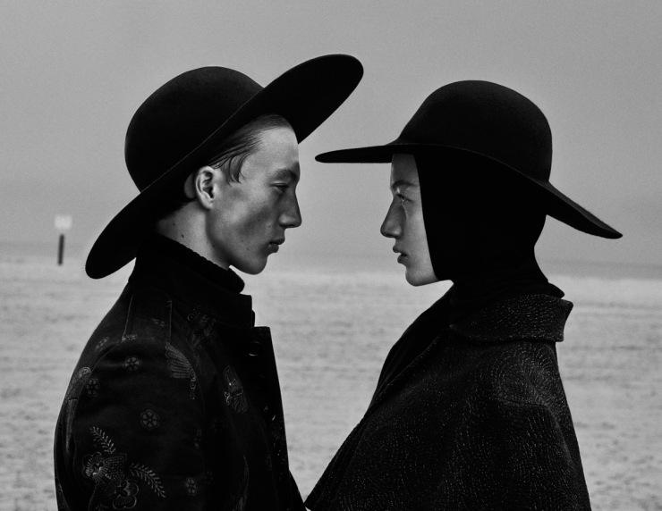 November 2015 Black Issue of Vogue Ukraine With Lou Schoof & Nils Schoof (5)