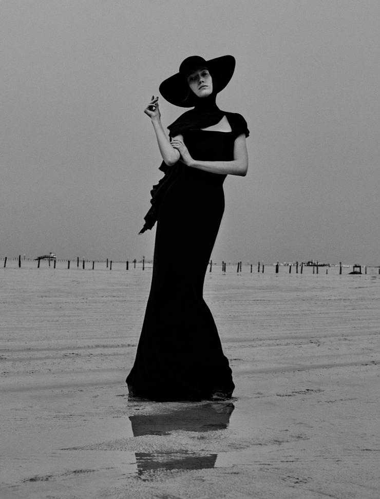 November 2015 Black Issue of Vogue Ukraine With Lou Schoof & Nils Schoof (6)
