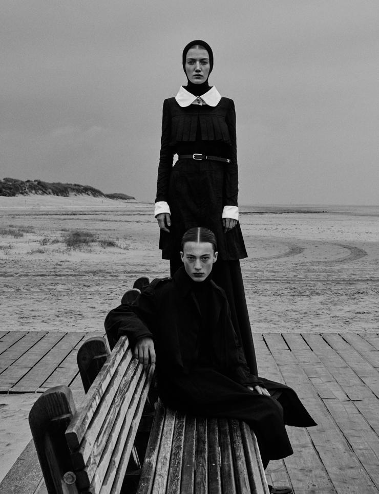 November 2015 Black Issue of Vogue Ukraine With Lou Schoof & Nils Schoof (9)