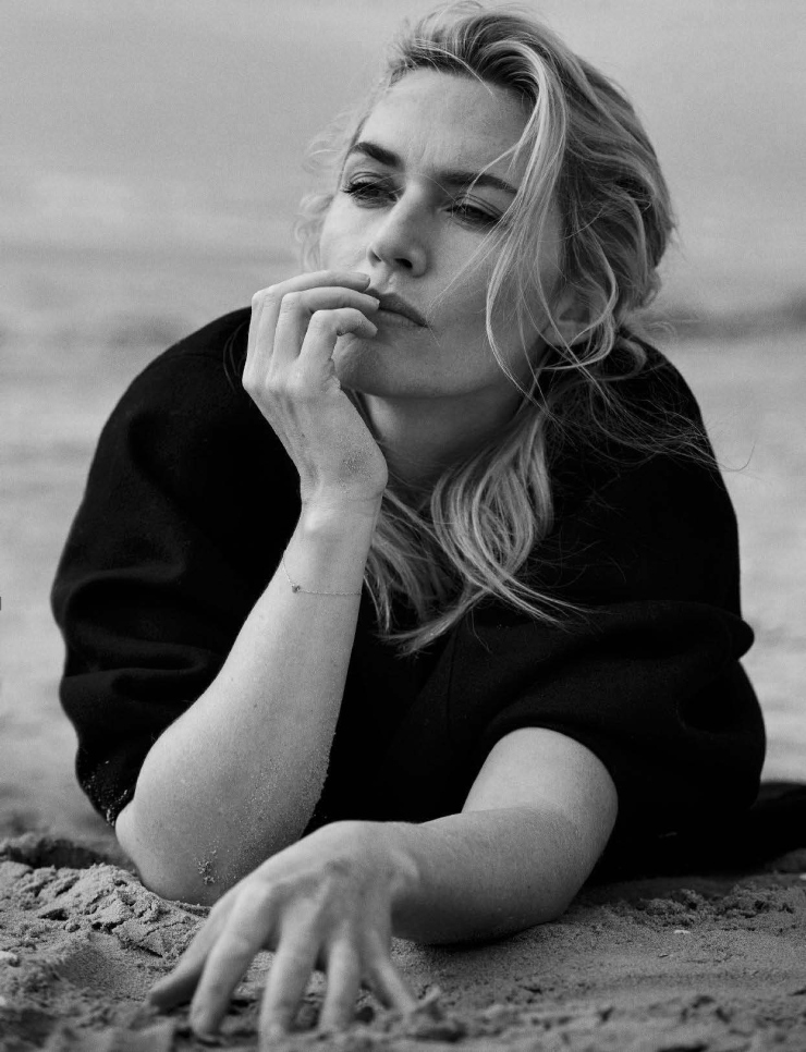 kate-winslet-by-peter-lindbergh-for-vogue-italia-november-2015 (10)