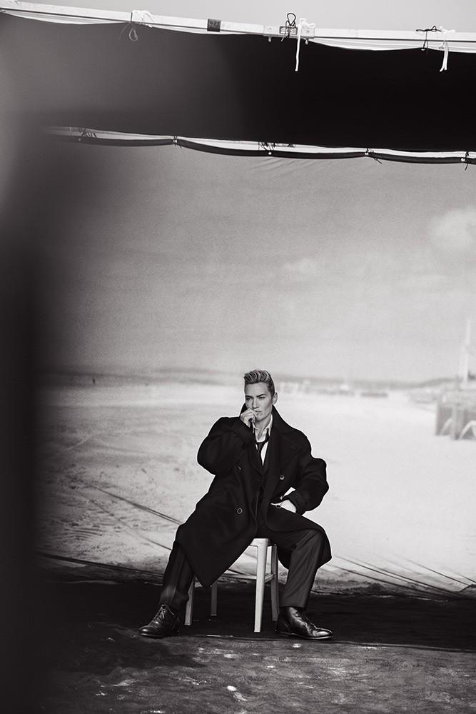 Androgynous Kate Winslet By Peter Lindbergh For L'uomo Vogue November 2015 (7)