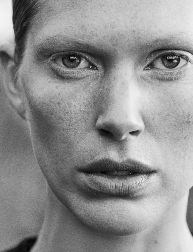 Iselin Steiro by Hasse Nielsen For Cover Magazine December 2015 (1)
