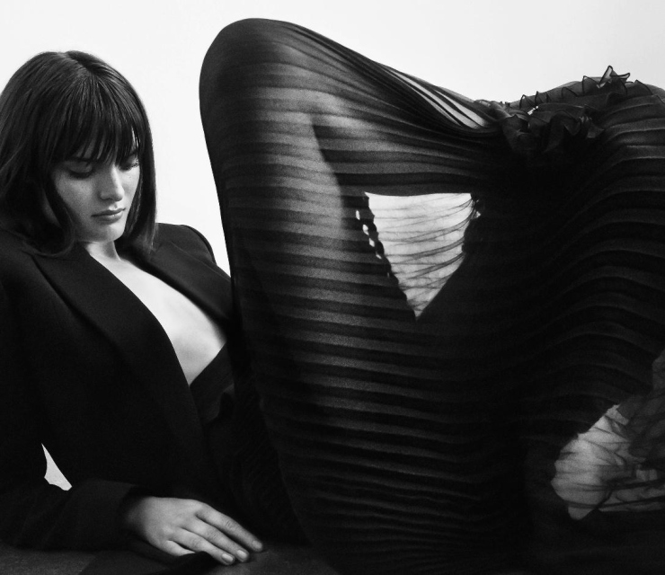 Sam Rollinson by Marcus Ohlsson for Harper's Bazaar Germany December January 2015-2016 (1)