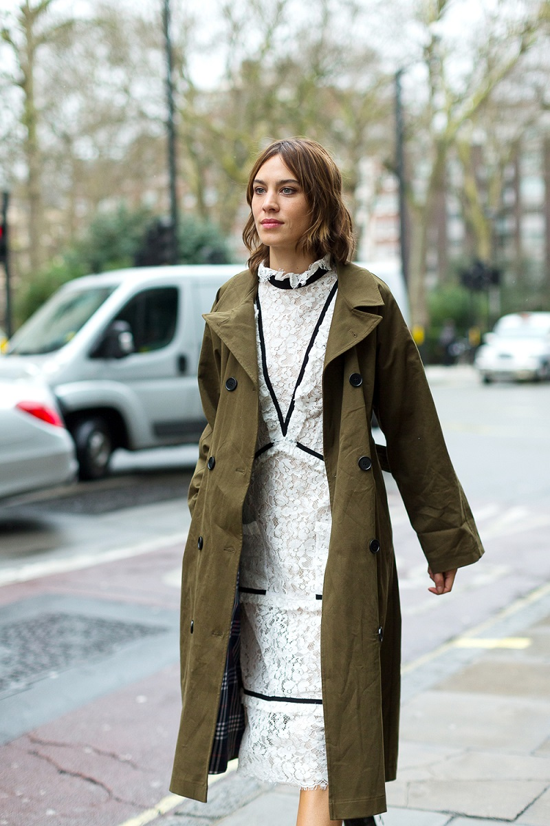 London Fashion Week Fall 2016 Street Style 15 Minimal Visual