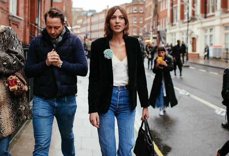 London Fashion Week Fall 2016 Street Style (4)