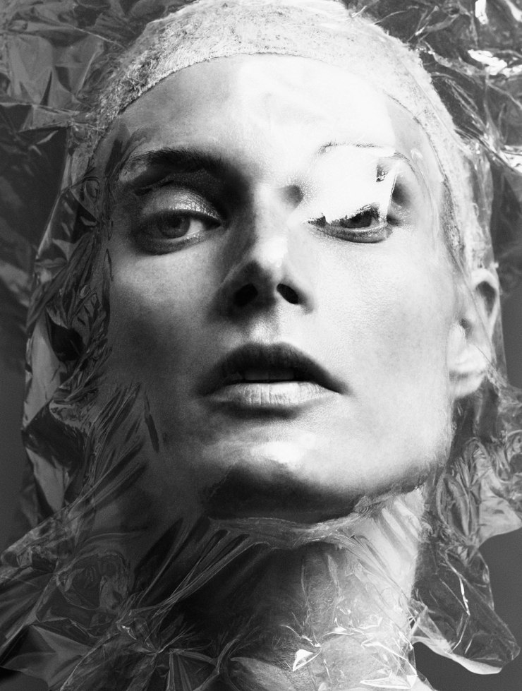 Malgosia Bela by Iango Henzi & Luigi Murenu for Exhibition Magazine Spring-Summer 2016 (10)