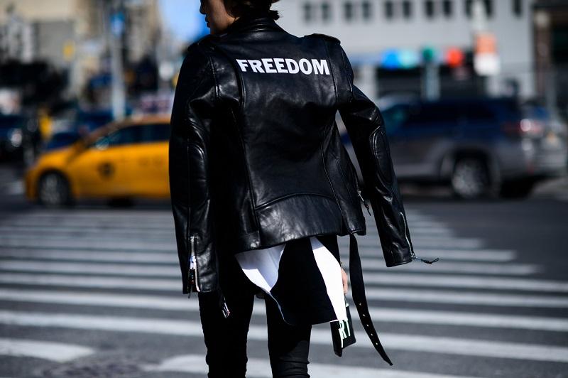 New York Fashion Week Fall 2016 Street Style Minimal Visual