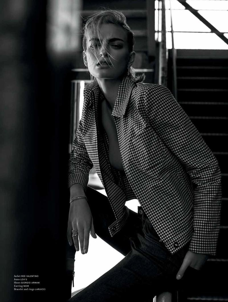 Rose Smith By Riccardo Vimercati For No Tofu Magazine Winter 2015-2016 (8)