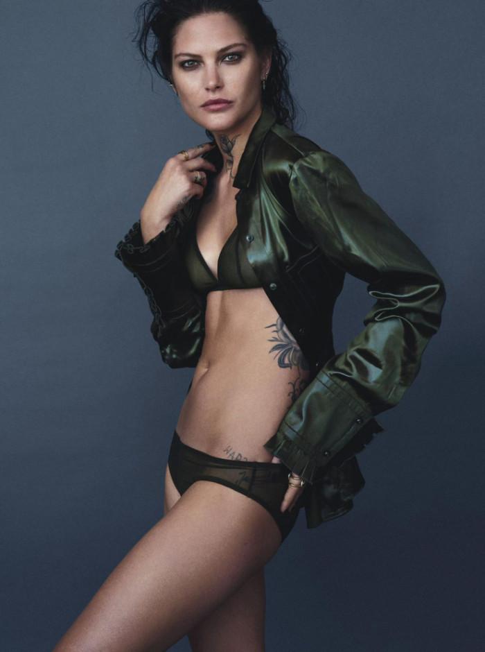 Catherine McNeil by Mario Testino for Vogue Australia April 2016