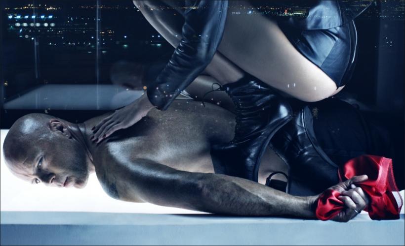 Emma Heming & Bruce Willis By Steven Klein For W Magazine July 2009 Honeymoon Hotel (1)