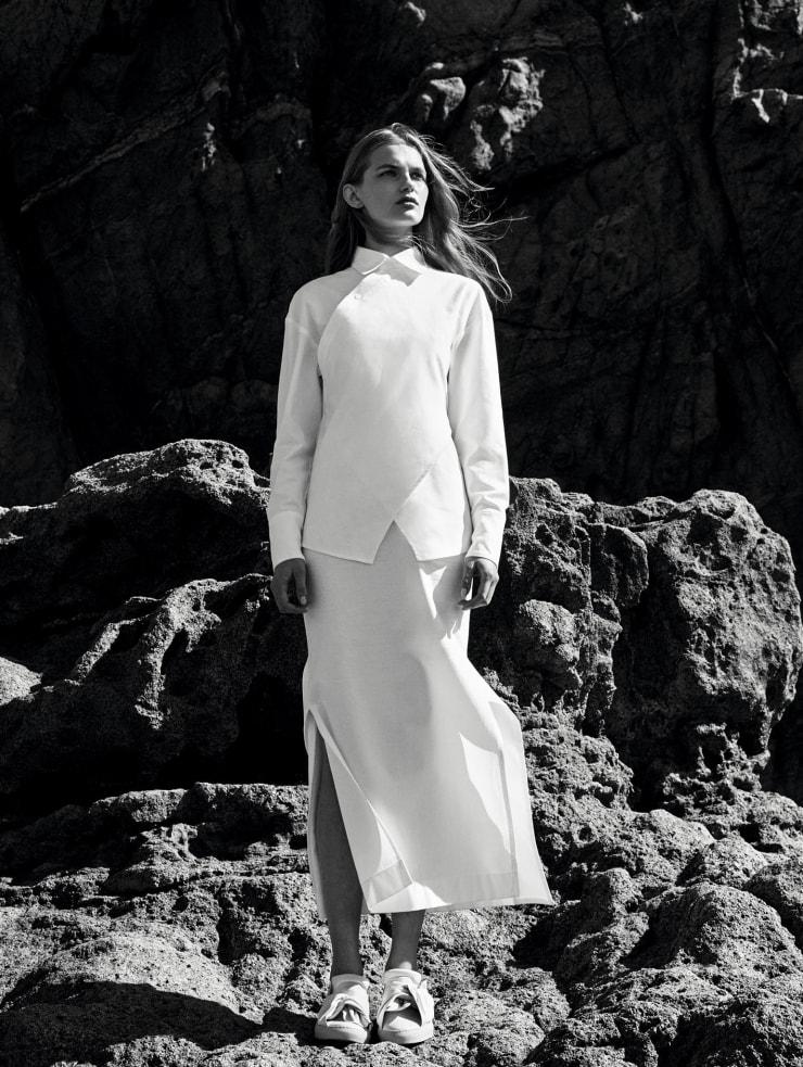 Vogue China May 2016 Spirited Away, Juliana Schurig, Aneta Pajak by Nathaniel Goldberg (5)