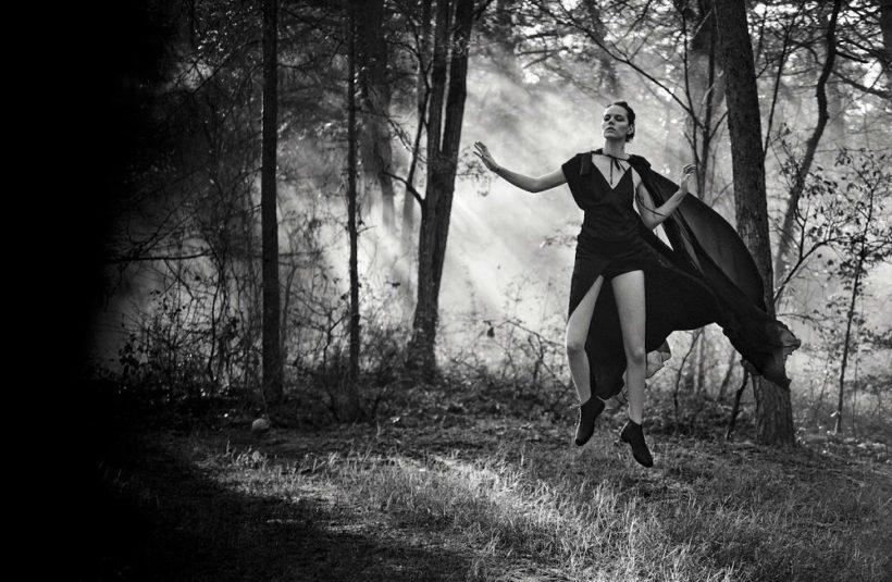 Lara Stone & Freja Beha Erichsen by Peter Lindbergh for Vogue Italia May 2016 (10)