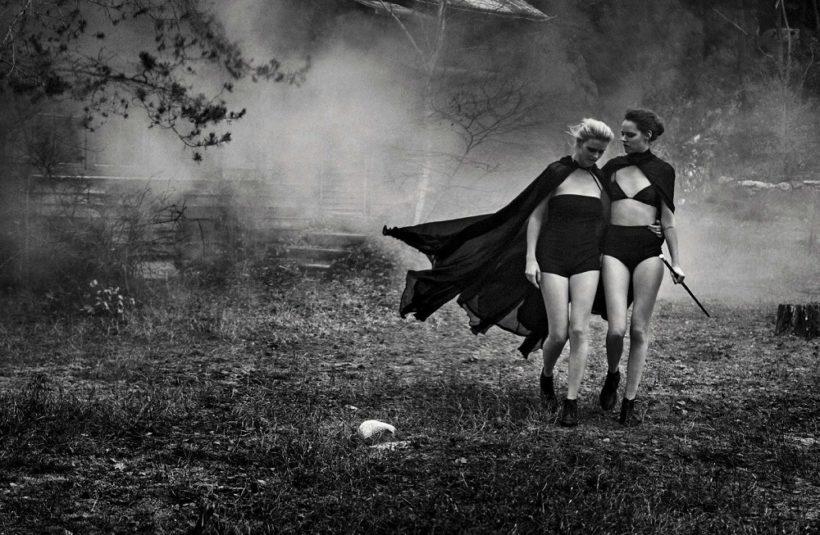 Lara Stone & Freja Beha Erichsen by Peter Lindbergh for Vogue Italia May 2016 (3)