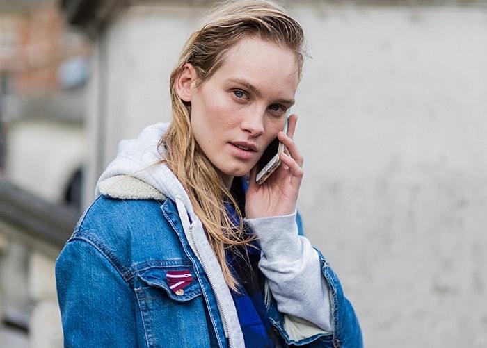 London Fashion Week Fall 2017 Street Style